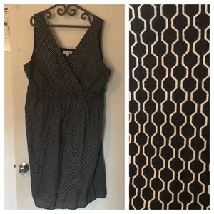 Avenue 26/28 B&W Dress